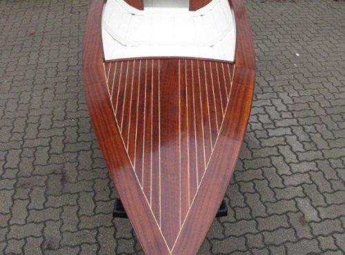 Kleines </br>Holzboot